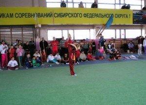 Евгения Рагулина из Казахстана выполняет сложнейшее равновесие